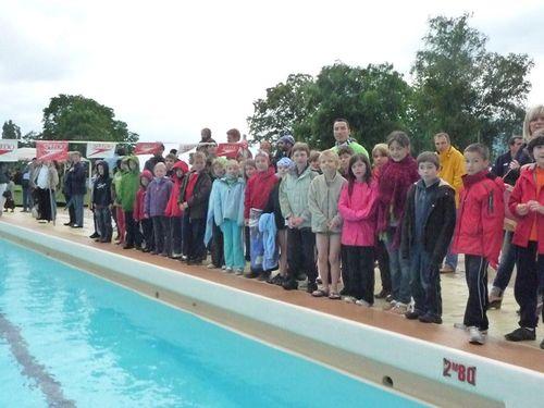 Grand Prix de Saint-Egrève le 20 Juin à la piscine des Mails : Le froid et la pluie ternissent les performances en séries mais Louis surnage.