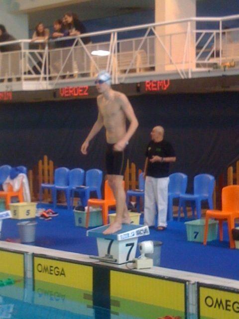Meeting de Chalon 1ère journée : Yann Vazart au plus mal le matin bat le record USSE Grand bain du 400 4N