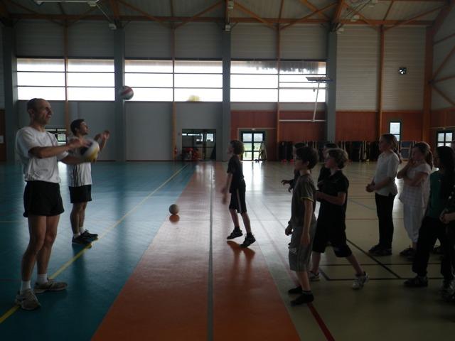 g_volley_2.jpg