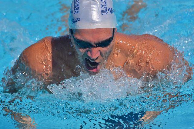 Grand Prix de St-Egrève le dimanche 16 juin à la piscine des Mails(1) : Louis, Franck, Robin, Maë leaders d'une équipe de jeunes boulimiques