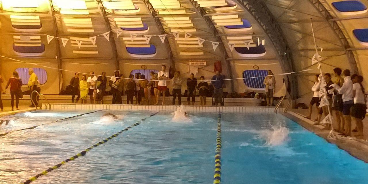 Au fil des championnats Interclubs départementaux à St-Martin le Vinoux (1) le samedi 11 novembre : Relais 10*50 et premières épreuves.