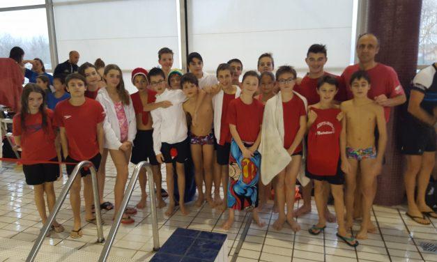 Championnats Interclubs jeunes le 10 décembre à Crolles: Filles et garçons au 4ème rang.