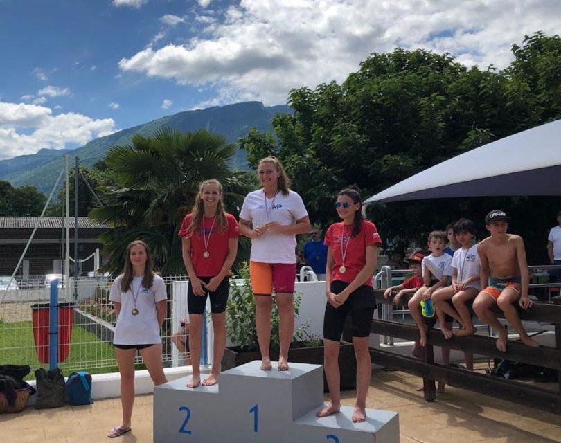 Grand Prix de St-Egrève (1) le dimanche 16 juin à la piscine des mails : Ilona Corte de Sassenage intouchable en papillon, Amandine notre meilleure représentante